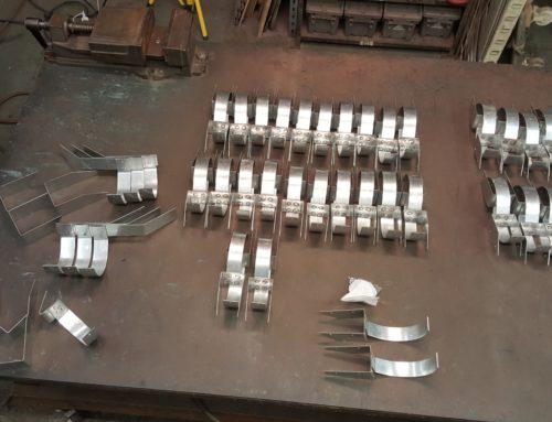Custom Galvanized Steel HRU Gutter Brackets